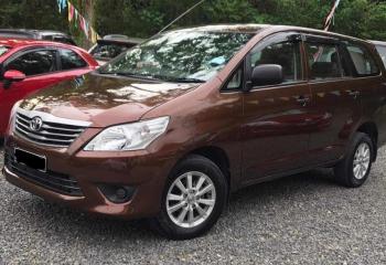 Toyota Innova  2015 (Dark Brown)