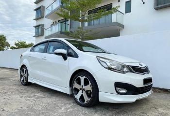 Kia Rio 1.4L EX (Sedan)