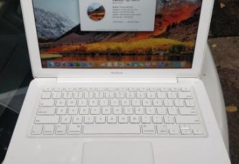 Macbook for sale $450