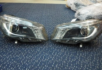 MERCEDES BENZ W117 CLA200 2017 XENON HEADLAMP RIGHT & LEFT